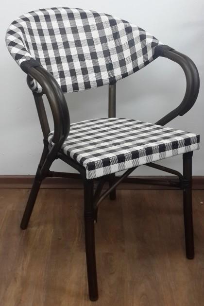 כסא יולי משובץ