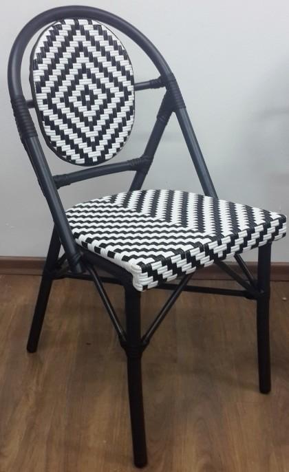 כסא לבנדרה בסיס שחור